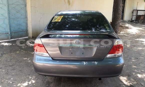 Acheter Voiture Toyota Camry Gris à N'Djamena en Tchad